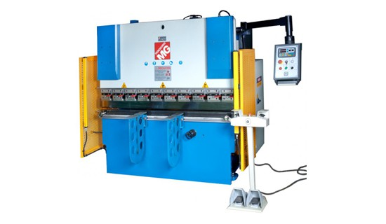 presse-plieuse-hydraulique-2654238.jpg